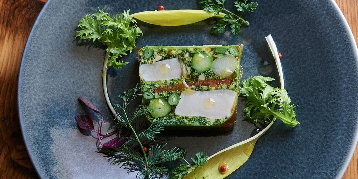 ホタテと春野菜のテリーヌのレシピ/ 「イレール人形町」島田哲也シェフに習う、一歩上ゆく野菜料理