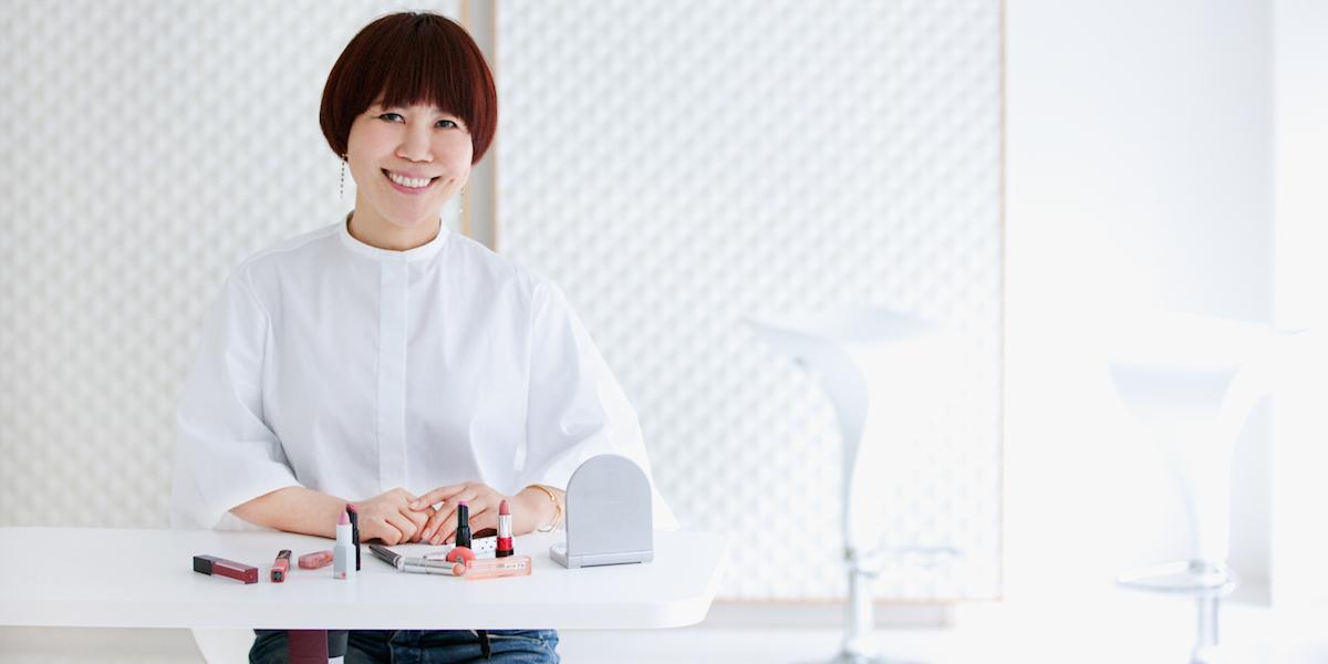 プロ技!山本浩未さん直伝、好感度が上がるポイントメイク方法&コツ 【好感度アップコラム】